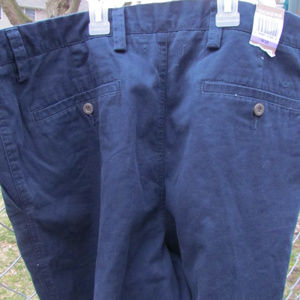 Dockers D4 Flat Front D4 Relaxed shorts NWT 38